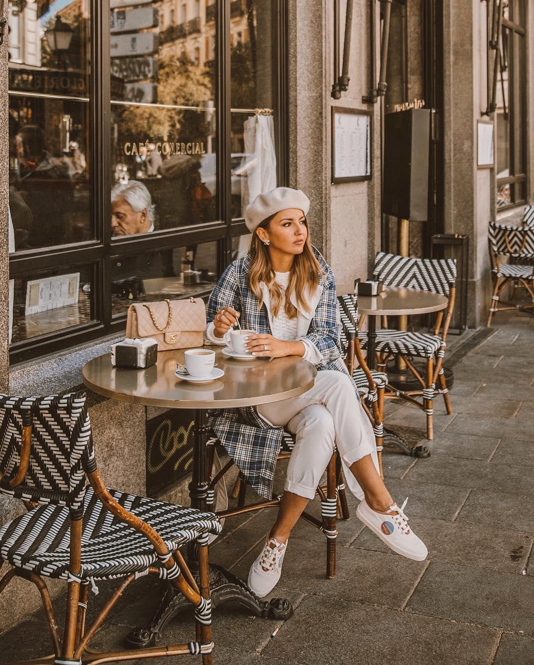El cafe comercial Madrid